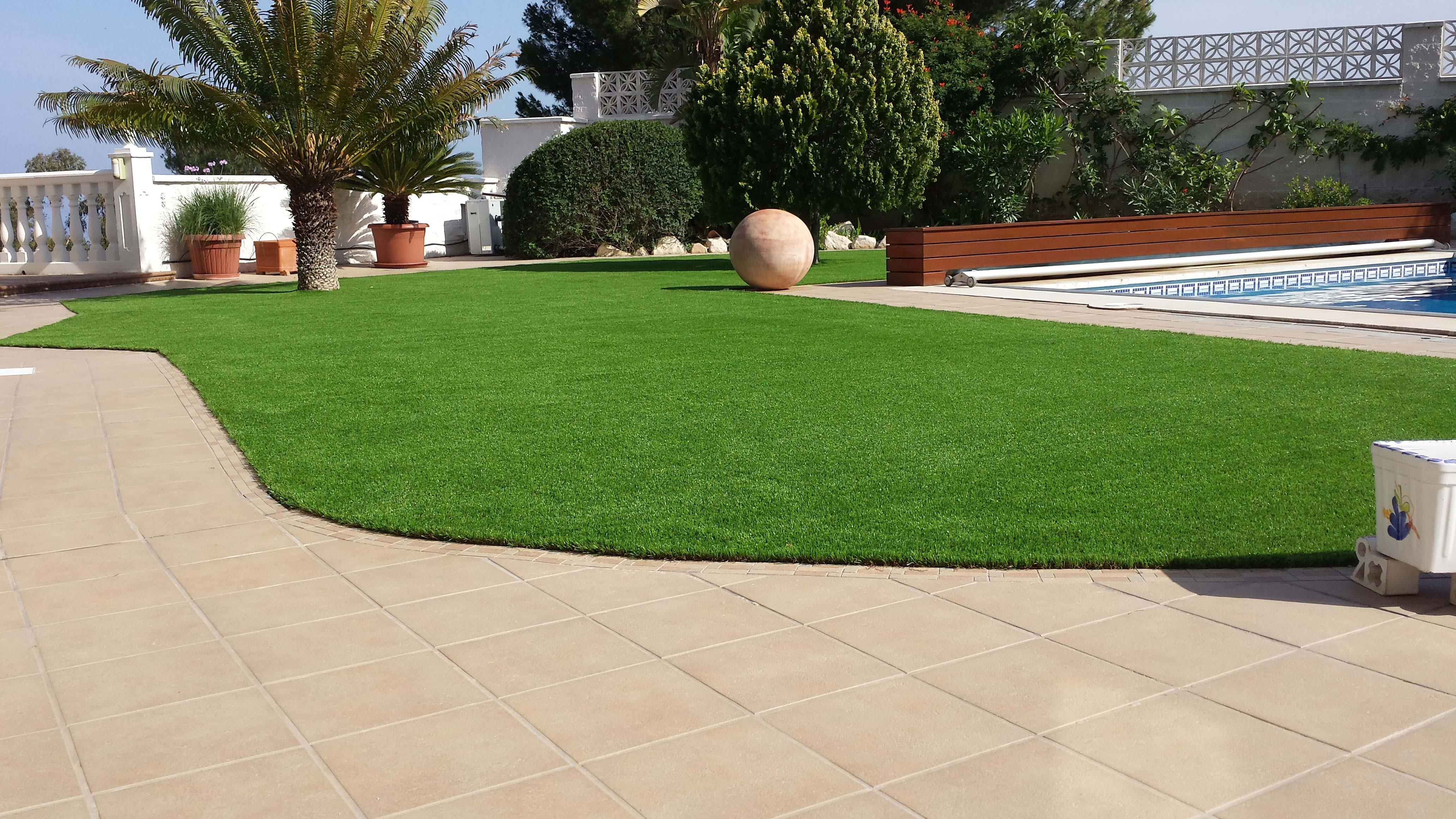 Consejos para conseguir una terraza con c sped artificial unicesped - Cesped artificial terraza ...