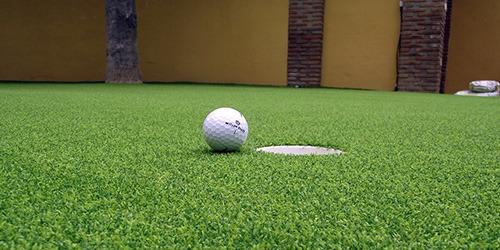 césped artificial para campos deportivos