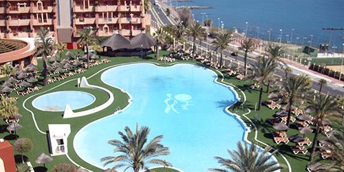 césped artificial para terrazas hoteles