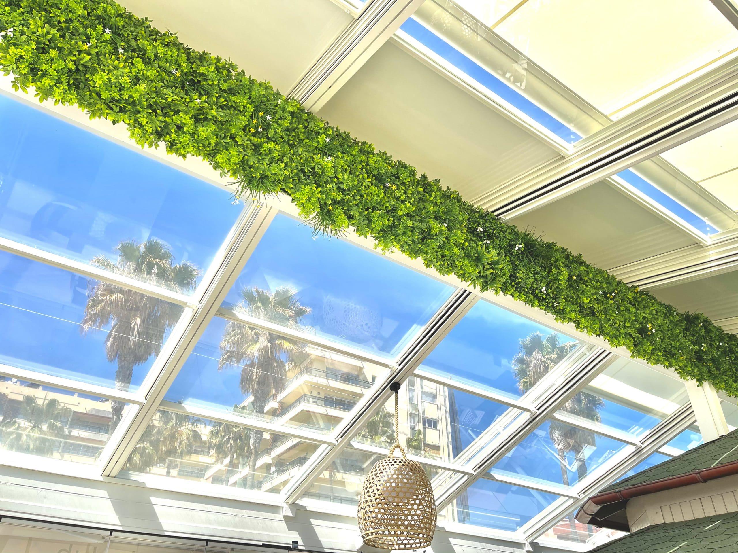 ejemplo jardin vertical artificial interior